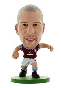 Фигурка футболиста Рон Влаар Астон Вилла Soccerstarz - Aston Villa Ron Vlaar - Home Kit (400003) Фигурки Soccerstarz