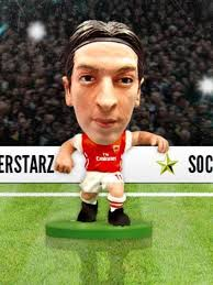 Фигурка футболиста Soccerstarz - Arsenal Mesut Ozil  - Home Kit (202912) Фигурки Soccerstarz